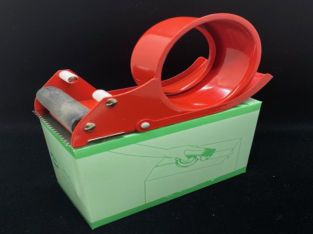 Apple - Packing Tape Cutter 3in