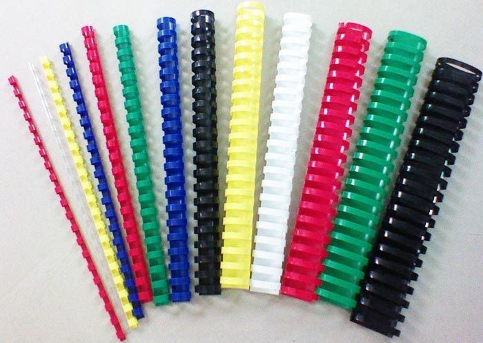 M & A - Plastic Binding Rings 10mm